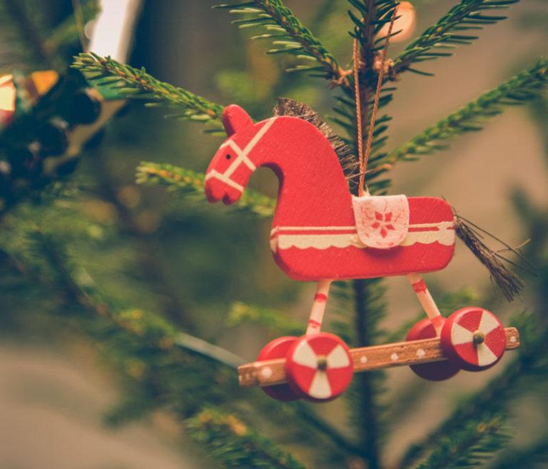 Recursos para tus diseños navideños: ¡Descárgalos!